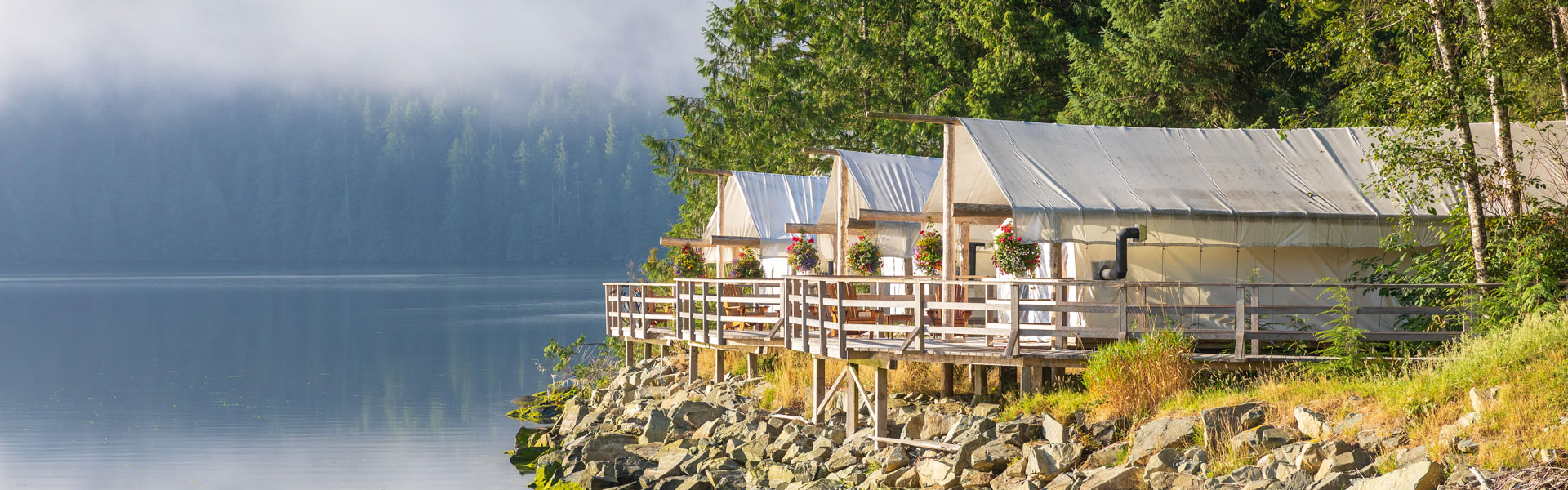 West Coast Canada Rail Trips with Luxury Lodges & Hotels