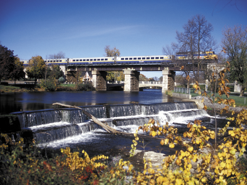 Montreal & Quebec Cities by Rail   VIA Rail