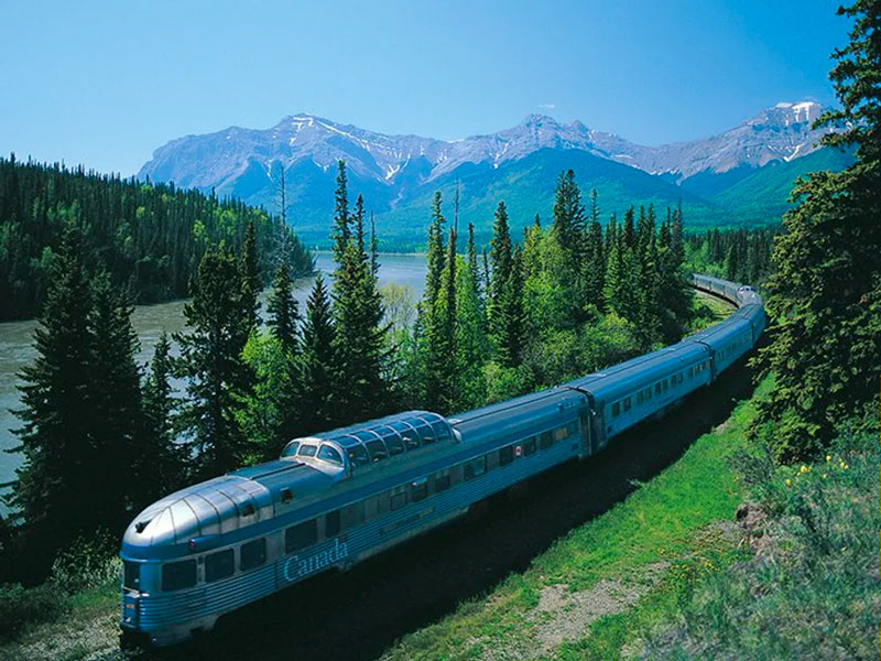 Alpine Canadian Train to the Rockies | VIA Rail