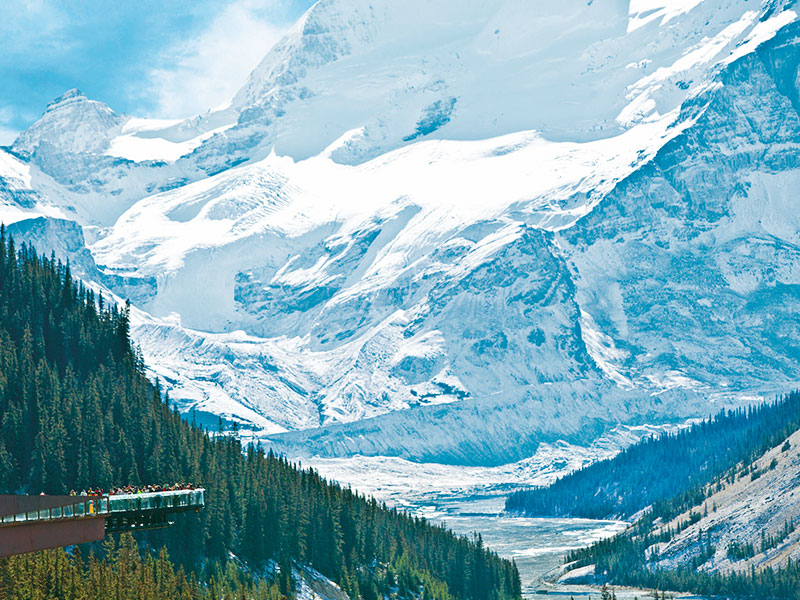 Calgary Stampede and the Canadian Rockies Train Tour | Columbia Icefield Skywalk