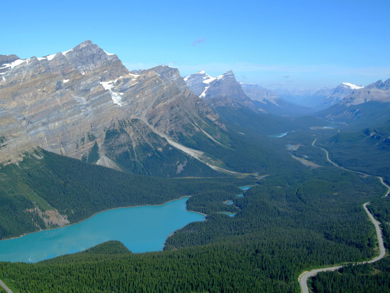 Canadian Rockies Scenic Delights by Road & Rail | Icefield Parkway between Jasper & Lake Louise