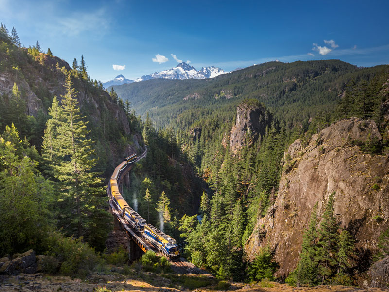 Canadian Rockies Train Combo Circle Tour with Alaska Denali Cruise Tour | Rocky Mountaineer