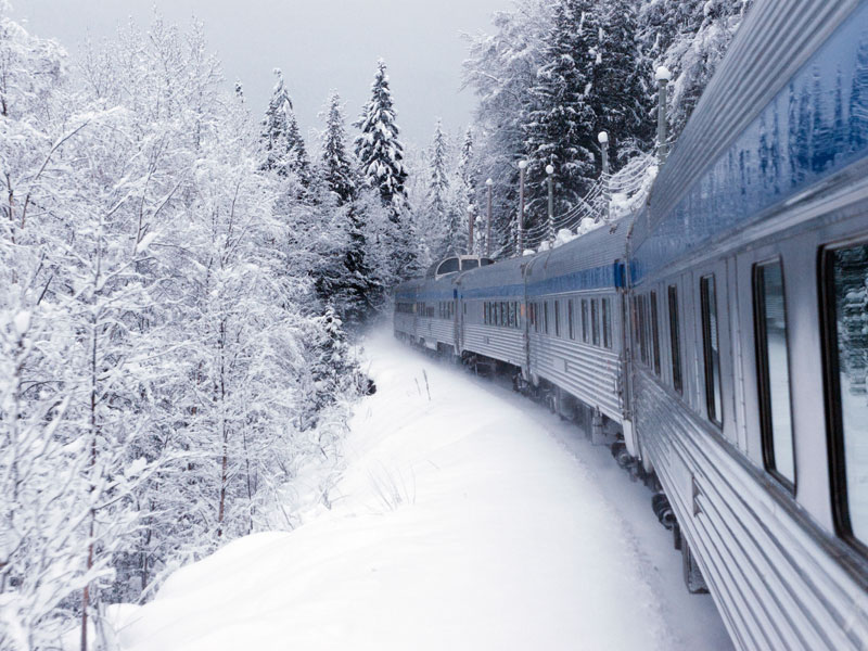 Christmas in the Canadian Rockies Winter Rail Vacations | VIA Rail