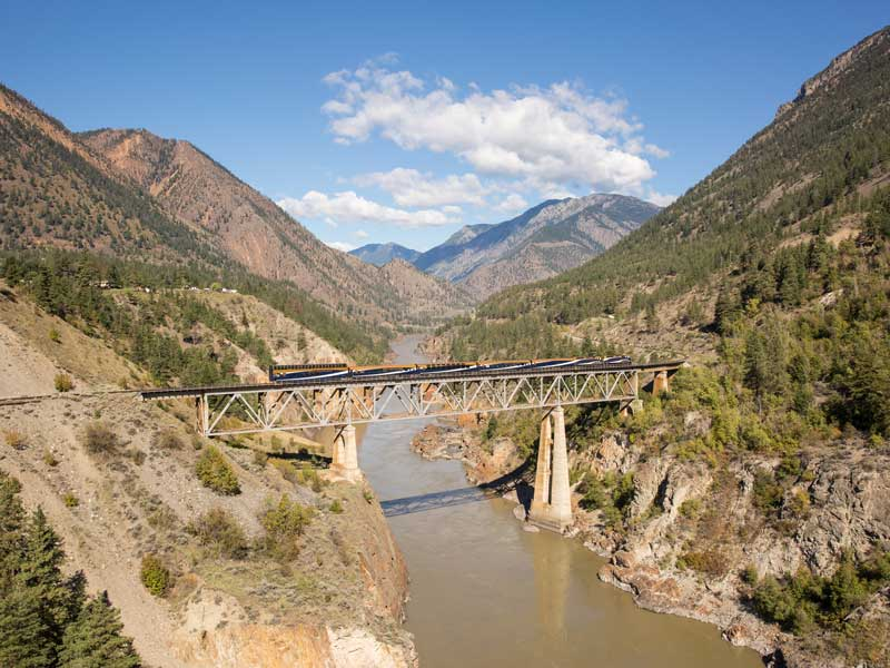 Complete Canadian Rockies by Rail | Rocky Mountaineer