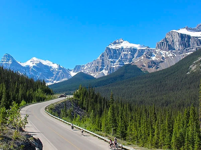 Complete Canadian Rockies by Rail | Icefield Parkway