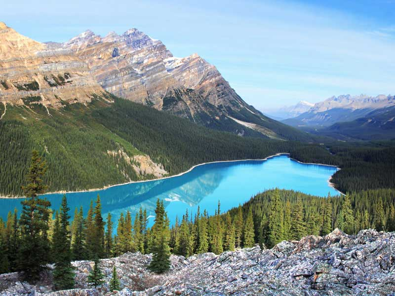 Peaks & Glaciers of the Canadian Rockies by Rail | Peyto Lake between Jasper and Banff