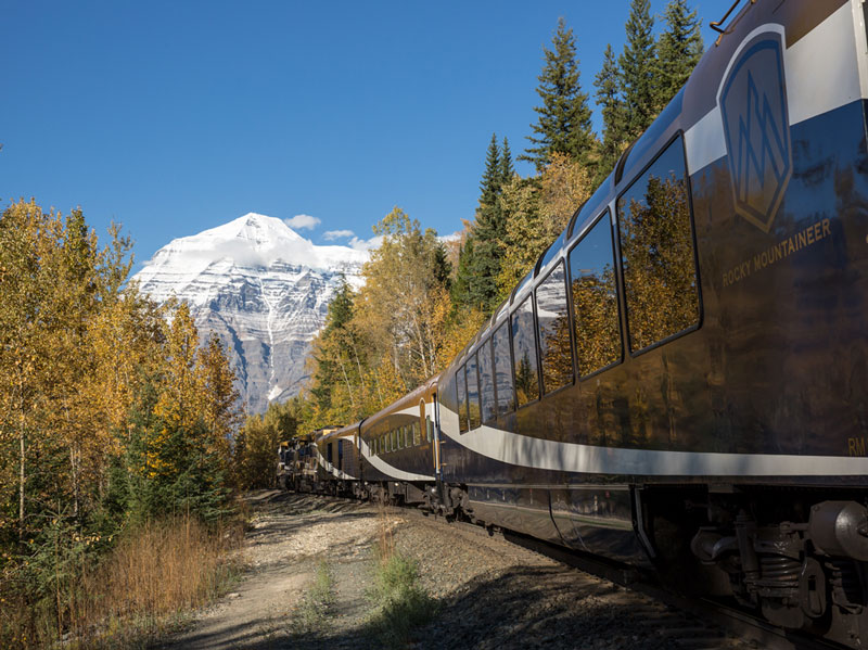 Circle Tour by Train through the Canadian Rockies | VIA Rail | Rocky Mountaineer